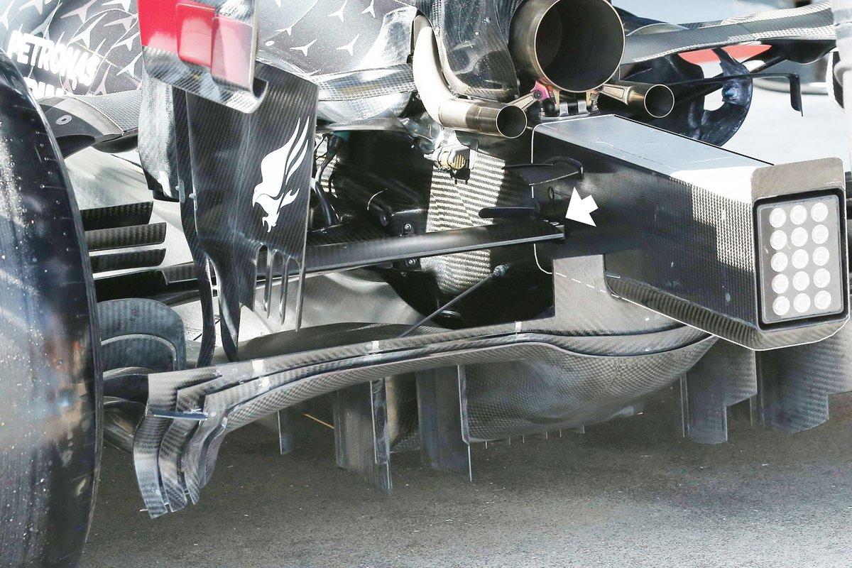 Mercedes W11: Diffusor