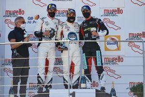 Podio: Gianmarco Quaresmini di Tsunami RT, Simone Iaquinta di Ghinzani Arco Motorsport e Stefano Monaco di Dinamic Motorsport