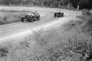 D. C. MacLachlan, Maurice Falkner, Aston Martin Ulster, leads