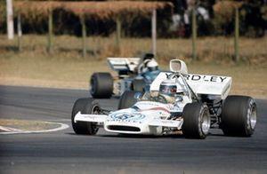 Peter Revson, McLaren M19A Ford leads Tim Schenken, Surtees TS9B Ford