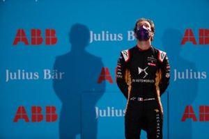 Jean-Eric Vergne, DS Techeetah, fête sa victoire sur le podium