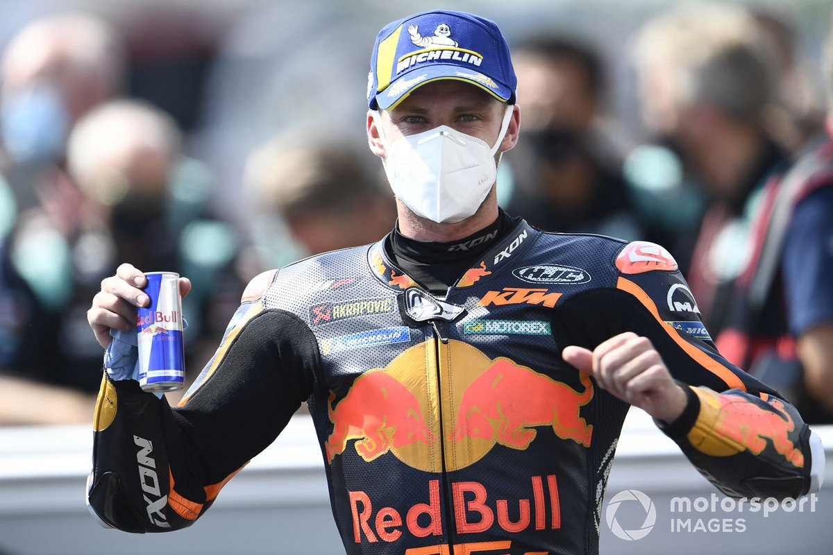 Podio: ganador de la carrera Brad Binder, Red Bull KTM Factory Racing