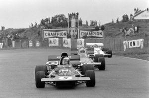 Jackie Stewart, Tyrrell 003 Ford, Denny Hulme, McLaren M19A Ford, Pedro Rodriguez, BRM P160