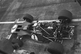 Jackie Stewart, Tyrrell 001-Ford, dans les stands