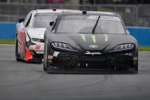 Riley Herbst, Joe Gibbs Racing, Toyota Supra Monster Energy, Jeremy Clements, Jeremy Clements Racing, Chevrolet Camaro All South Electric