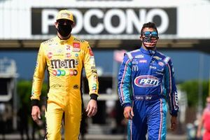 Kyle Busch, Joe Gibbs Racing, Toyota Camry, Darrell Wallace Jr., Richard Petty Motorsports, Chevrolet Camaro