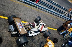 Jackie Oliver, BRM P153 deja pitlane