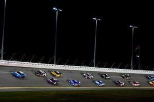 Alex Bowman, Hendrick Motorsports, Chevrolet Camaro Ally Aric Almirola, Stewart-Haas Racing, Ford Mustang Smithfield