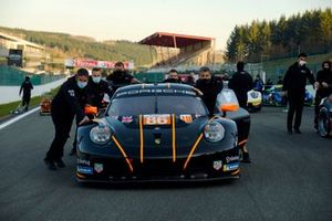 #86 GR Racing Porsche 911 RSR - 19: Michael Wainwright, Benjamin Barker, Tom Gamble