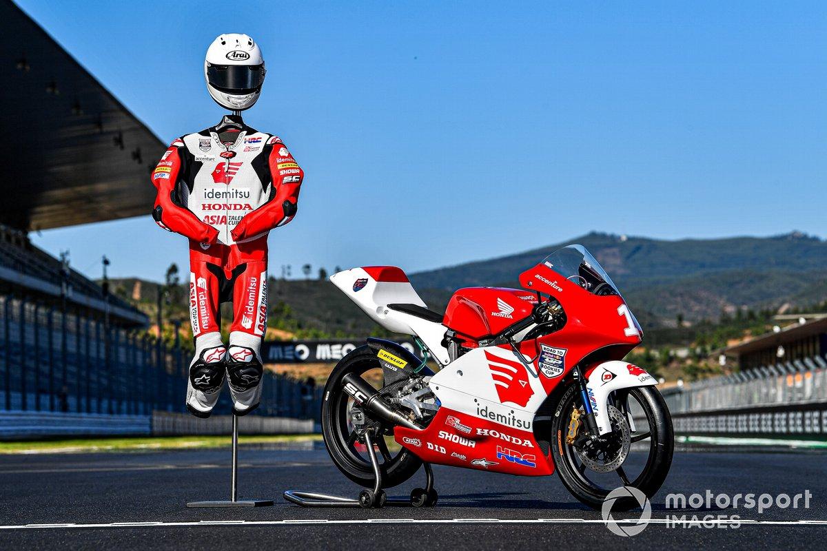 Livery baju balap dan motor Honda NSF250R Asia Talent Cup 2021