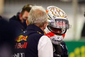 Max Verstappen, Red Bull Racing, and Helmut Marko, Consultant, Red Bull Racing, on the grid