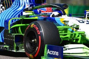 Flo-viz paint on the car of George Russell, Williams FW43B
