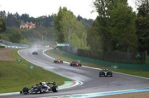 Pierre Gasly, AlphaTauri AT02, Lance Stroll, Aston Martin AMR21, Carlos Sainz Jr., Ferrari SF21, and Lando Norris, McLaren MCL35M