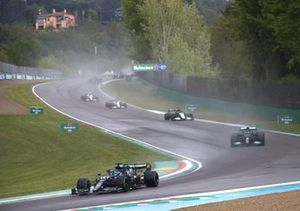 Lance Stroll, Aston Martin AMR21, Valtteri Bottas, Mercedes W12, George Russell, Williams FW43B, and Kimi Raikkonen, Alfa Romeo Racing C41