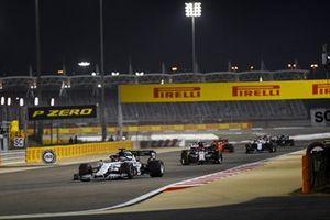 Daniil Kvyat, AlphaTauri AT01, Kimi Raikkonen, Alfa Romeo Racing C39, and Nicholas Latifi, Williams FW43