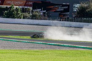 Nick Cassidy, Envision Virgin Racing, Audi e-tron FE07, runs wide onto the grass