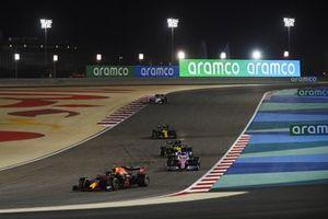 Alex Albon, Red Bull Racing RB16, Sergio Pérez, Racing Point RP20, Daniel Ricciardo, Renault F1 Team R.S.20, Esteban Ocon, Renault F1 Team R.S.20