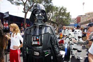 Darth Vader en la parrilla de la F1 en 2005