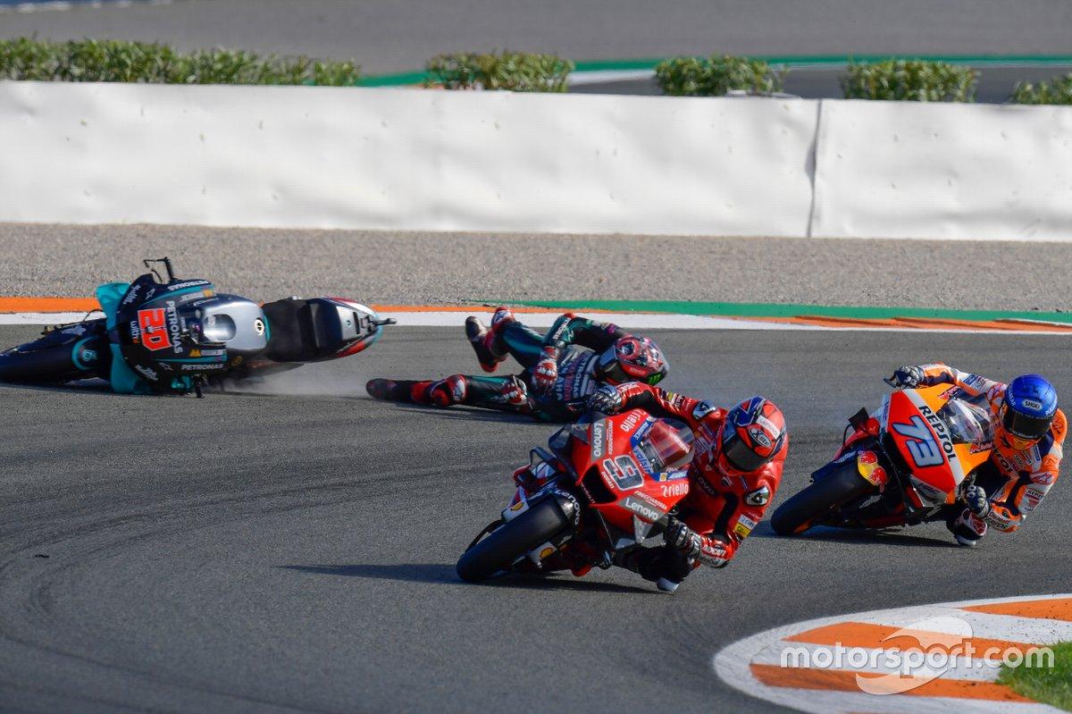 Danilo Petrucci, Ducati Team, Fabio Quartararo, Petronas Yamaha SRT, crash