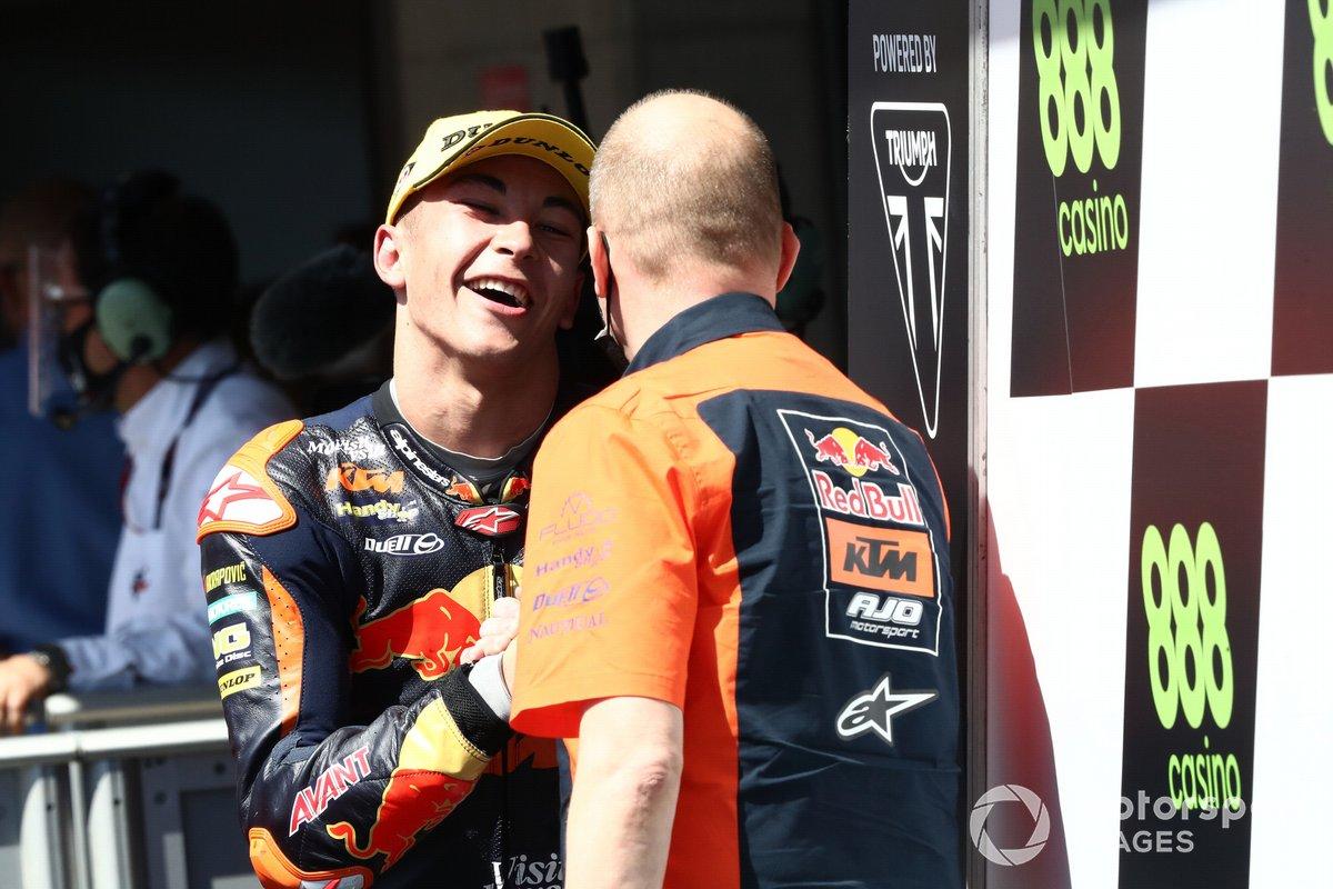 Ganador Raul Fernandez, Red Bull KTM Ajo