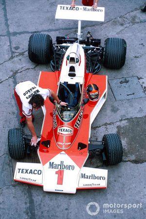 Fittipaldi's Mclaren M23