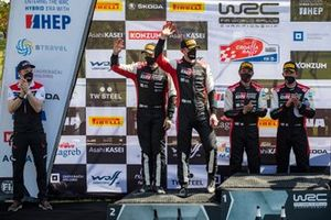 Podio: segundo lugar Elfyn Evans, Scott Martin, Toyota Gazoo Racing WRT Toyota Yaris WRC