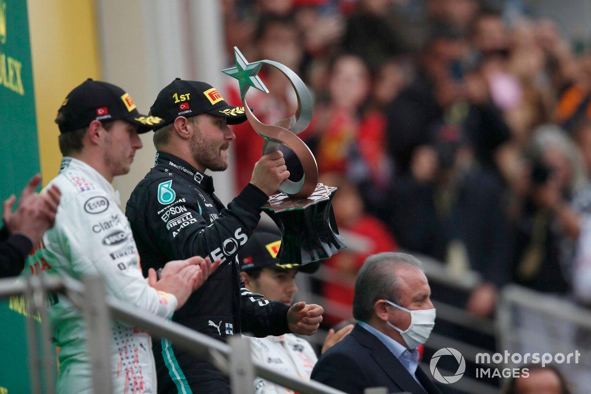 Podio: ganador Valtteri Bottas, Mercedes