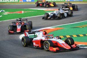 Oscar Piastri, Prema Racing, leads Bent Viscaal, Trident, and Matteo Nannini, Campos Racing