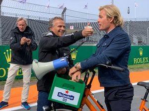 Jan Lammers interviewing Nico Rosberg