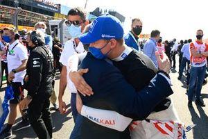 Jean Todt, President, FIA, Mick Schumacher, Haas F1, on the grid