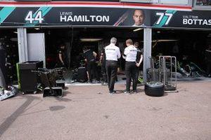 Garage Mercedes AMG F1
