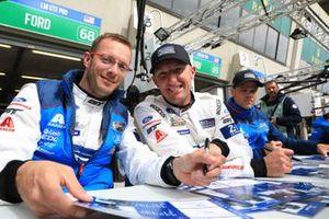 #68 Ford Chip Ganassi Racing Ford GT: Joey Hand, Dirk Müller, Stéphane Bourdais