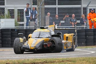 #29 Racing Team Nederland Dallara P217: Nyck de Vries, crash