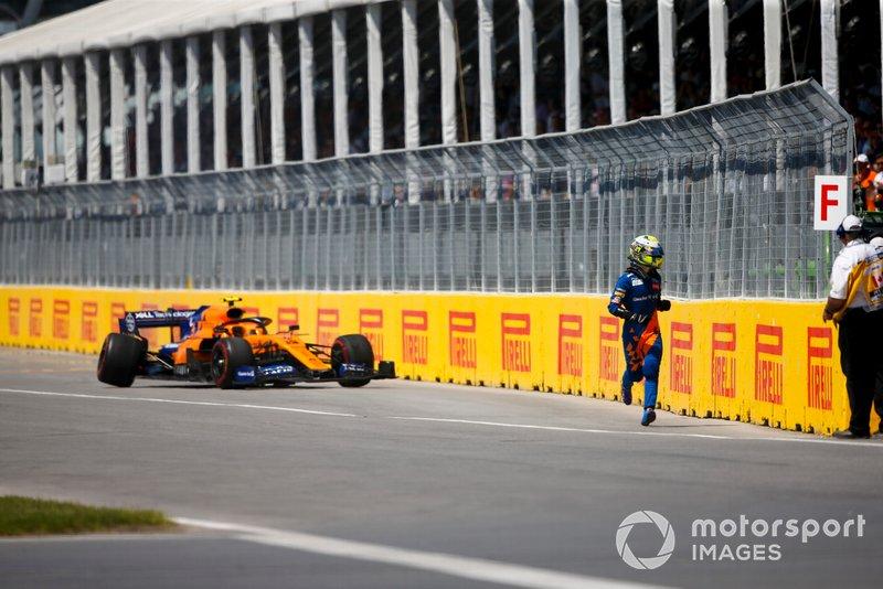 Mas o carro da McLaren teve um problema na suspensão e o jovem precisou abandonar a prova