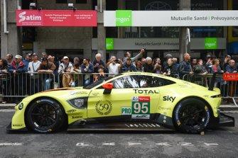 Автомобиль Aston Martin Vantage AMR (№95) команды Aston Martin Racing