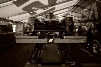 #54 CORE autosport Nissan DPi, DPi: Jonathan Bennett, Colin Braun, Romain Dumas, IMSA tech inspection