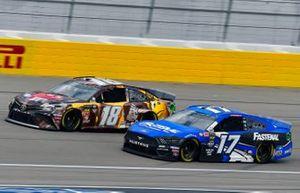 Kyle Busch, Joe Gibbs Racing, Toyota Camry M&M's Chocolate Bar, Ricky Stenhouse Jr., Roush Fenway Racing, Ford Mustang