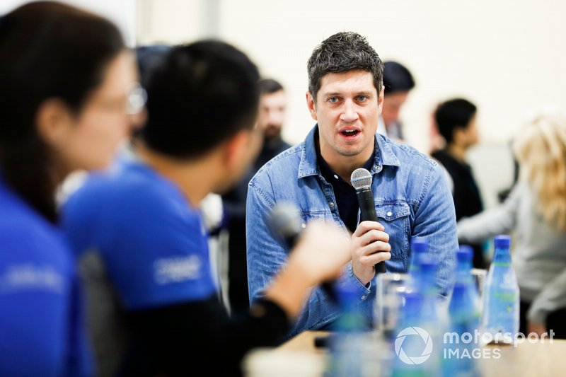 TV presenter Vernon Kay asks the drivers questions at Round