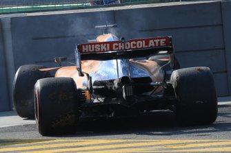 Карлос Сайнс, McLaren MCL34, сход в гонке