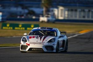 #31 Bodymotion Racing Porsche Cayman GT4 MR, GS: Pete McIntosh, Patrick Liddy, Marc Miller
