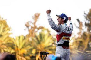 Race winner Lucas Di Grassi, Audi Sport ABT Schaeffler celebrates on the podium