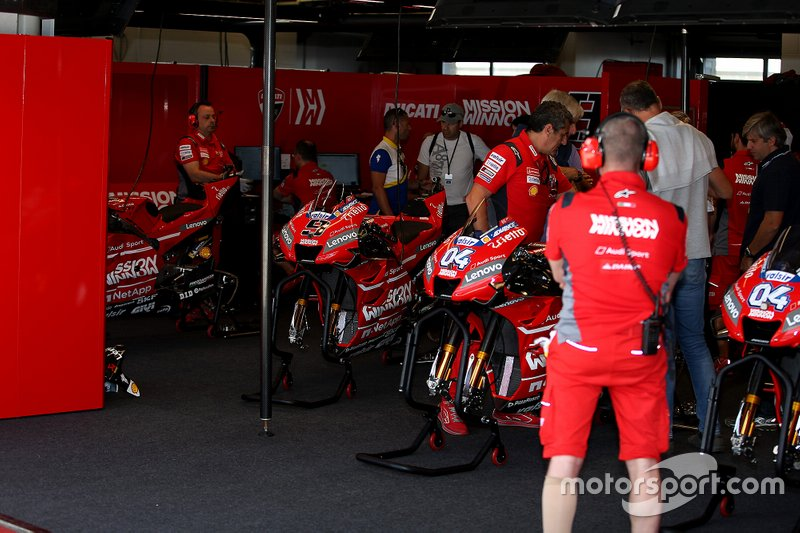Garage of Andrea Dovizioso, Ducati Team