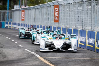 Oliver Turvey, NIO Formula E Team, NIO Sport 004, Tom Dillmann, NIO Formula E Team, NIO Sport 004, Mitch Evans, Panasonic Jaguar Racing, Jaguar I-Type 3