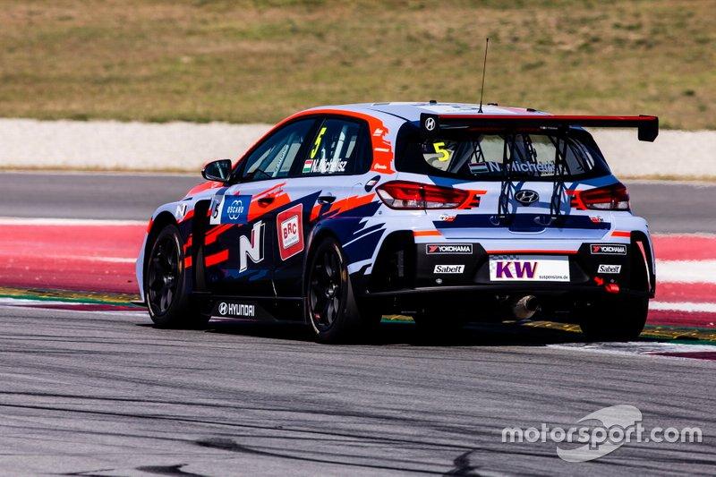 №5. Норберт Михелис (Венгрия, 34 года), Hyundai i30 N TCR, команда BRC Hyundai N Squadra Corse