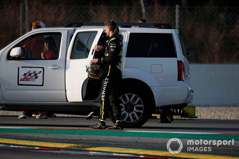 Nico Hulkenberg, Renault F1 Team stops on track