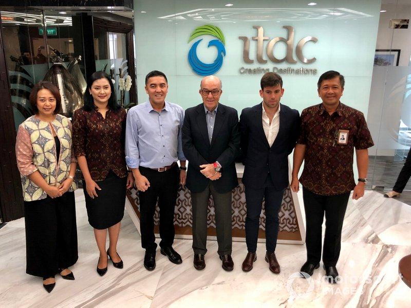 Indonesia Tourism Development Corporation (ITDC) President Director Abdulbar M Mansoer withDorna CEO Carmelo Ezpeleta and Sporting Director Carlos Ezpeletaat the ITDC