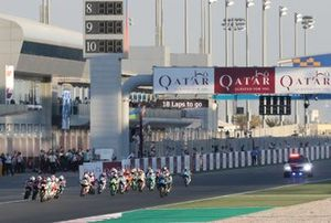 Aron Canet, Max Racing Team leads start