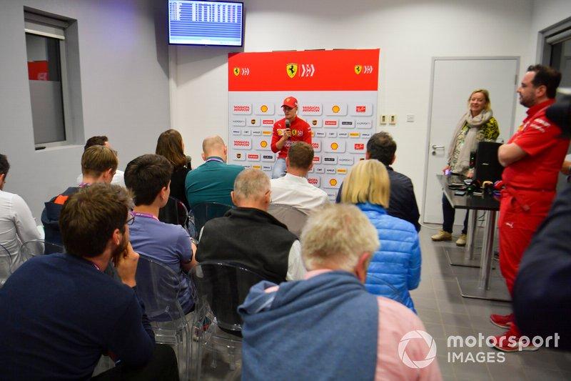 Mick Schumacher, Ferrari, en conférence de presse