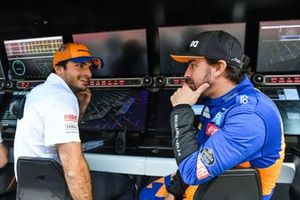 Fernando Alonso, McLaren and Carlos Sainz Jr., McLaren