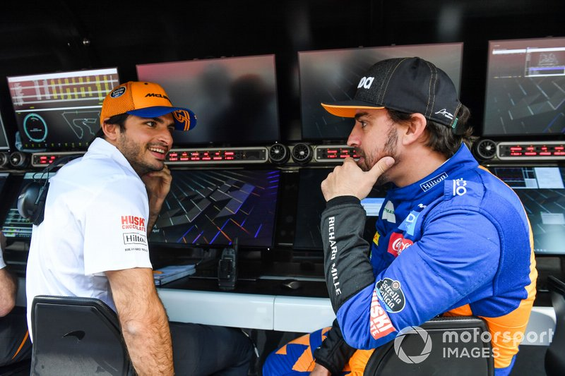 Fernando Alonso, McLaren e Carlos Sainz Jr., McLaren